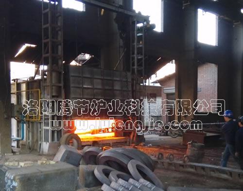 日产10吨蓄热式燃气室式炉节能型锻造炉