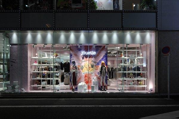 女装店货架展示架 女装店开店经营销售