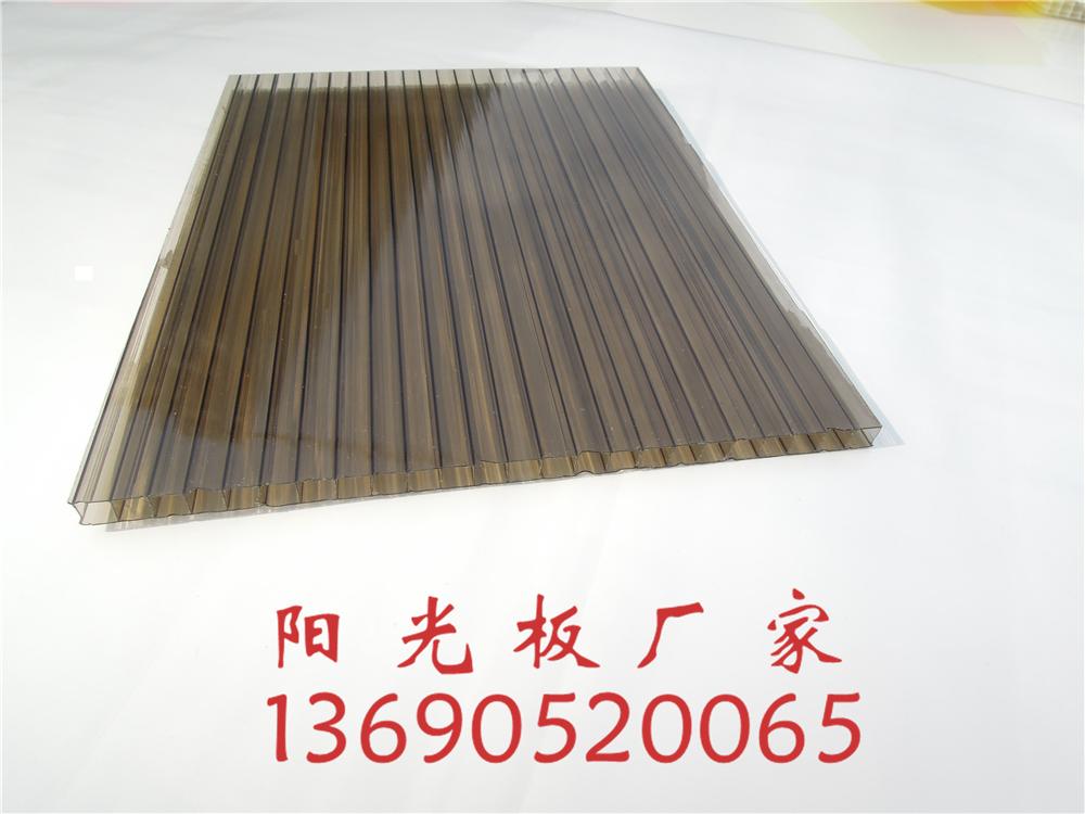 广东阳光板厂家佛山朴丰建材供应茶色阳光板,佛山阳光板厂家定制茶色pc阳光板