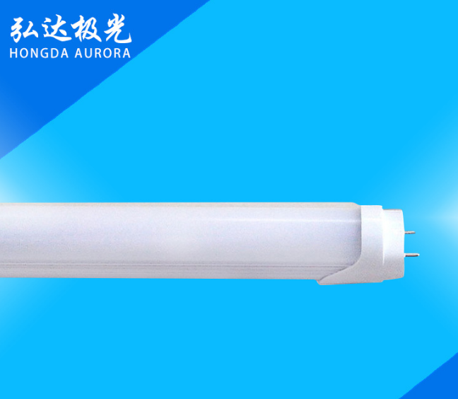 LED灯管LED日光灯管T8LED日光灯管1.2米18W 半铝半塑 厂家批发