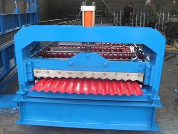 厂家直销聚英850型彩钢压瓦机