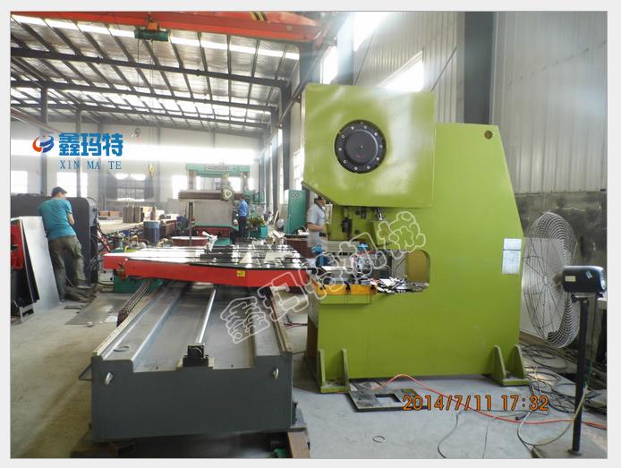 鑫玛特供应自动八工位数控转塔冲床 八工位冲床