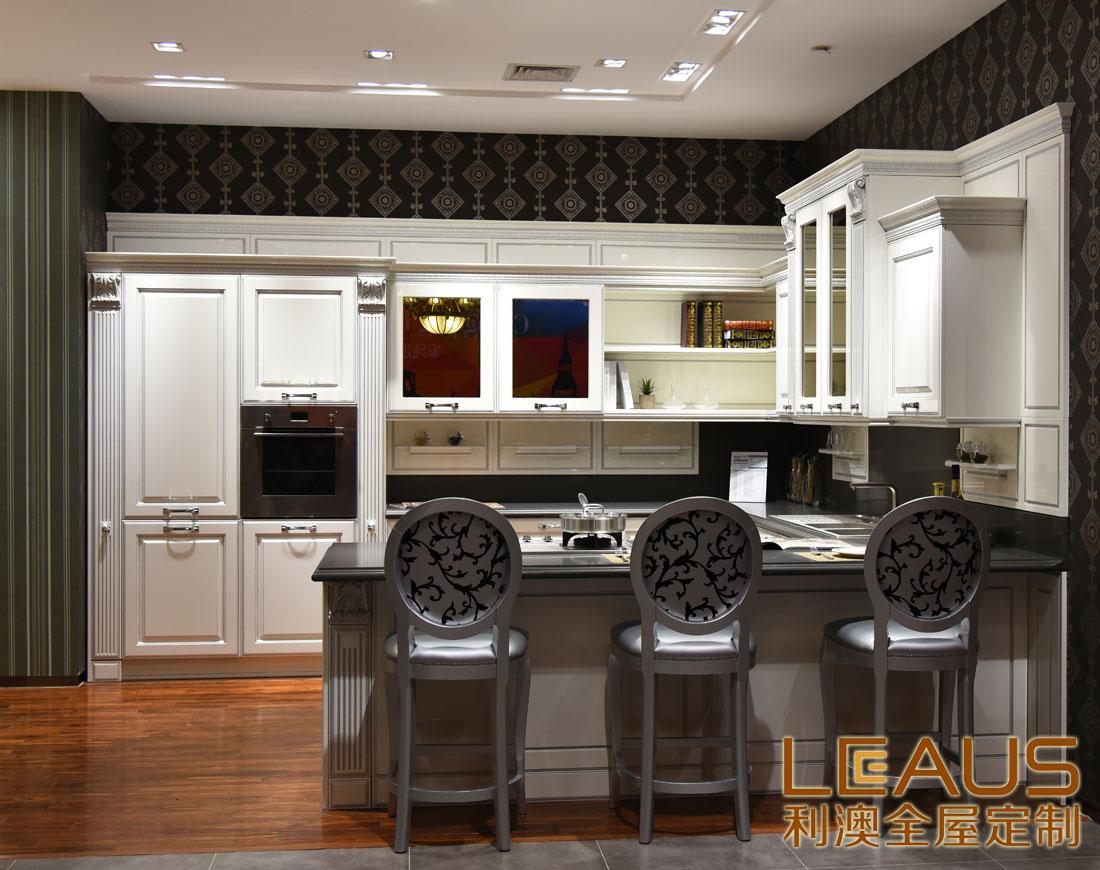 厨房橱柜 实木整体橱柜 利澳橱柜效果图 利澳加盟