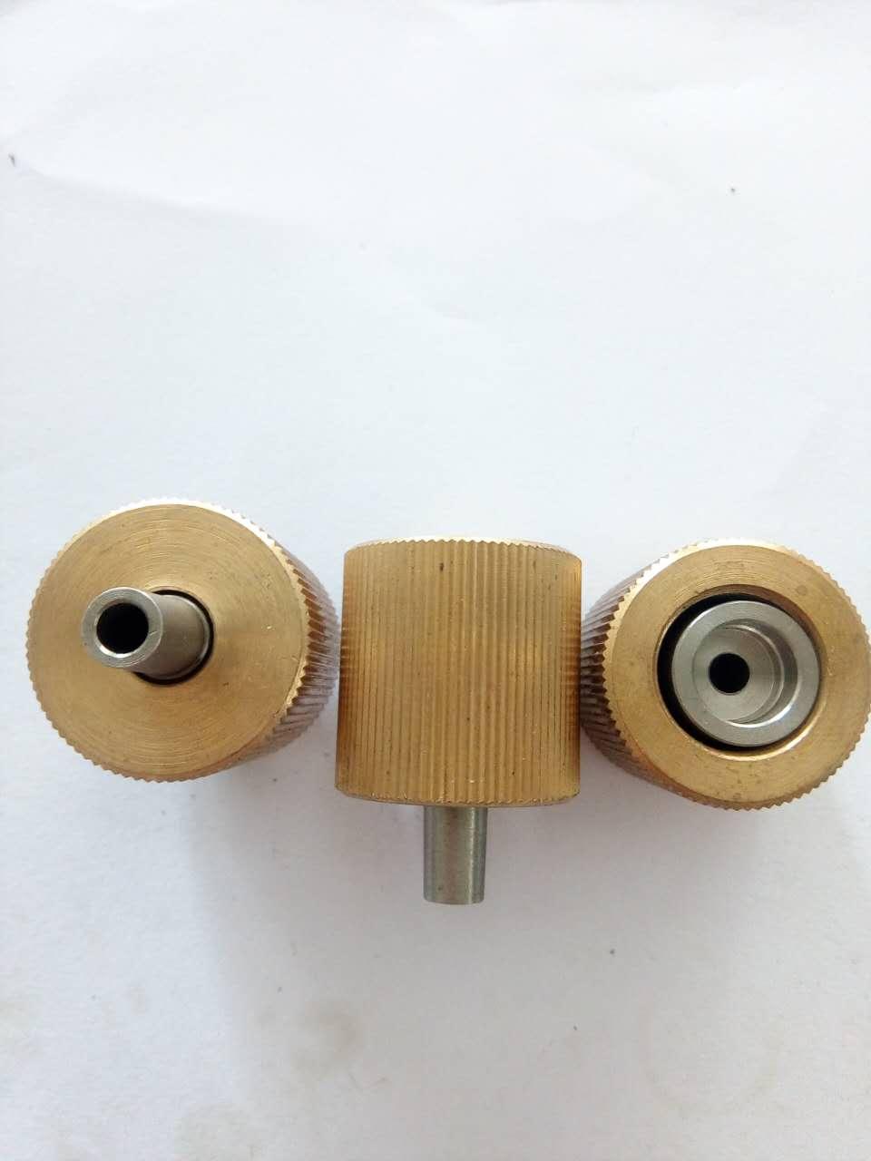 特价批发供应台湾穿孔机铜螺母    台湾穿孔机铜螺母