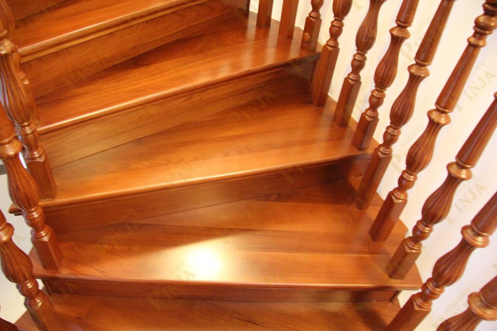 榉木混搭上海楼梯_自制木质混搭楼梯_青浦楼梯制作施工