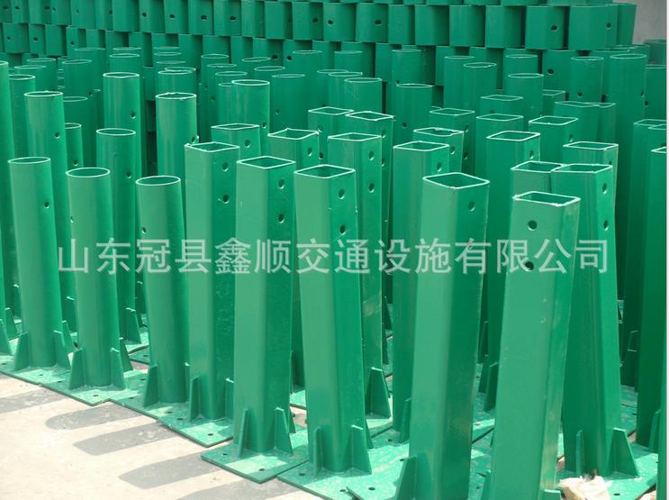 高速公路护栏板立柱防阻块 高品质热镀锌立柱 圆立柱现货供应