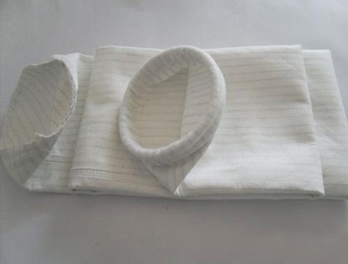 厂家供应玻璃纤维除尘布袋涤纶针刺毡除尘布袋三防针刺毡除尘布袋除