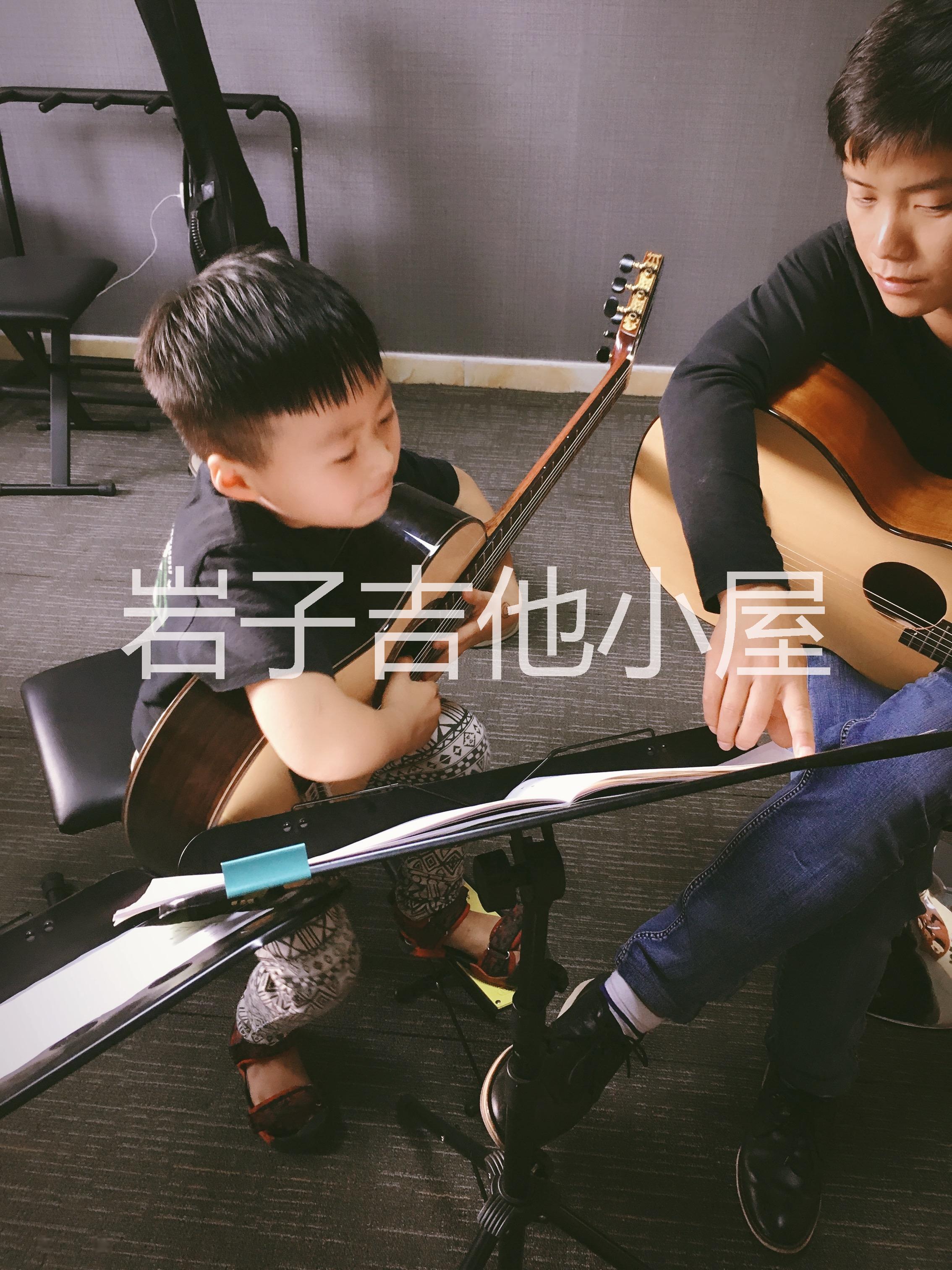 郑州市二七区 郑州市二七区少儿古典吉他专业教学