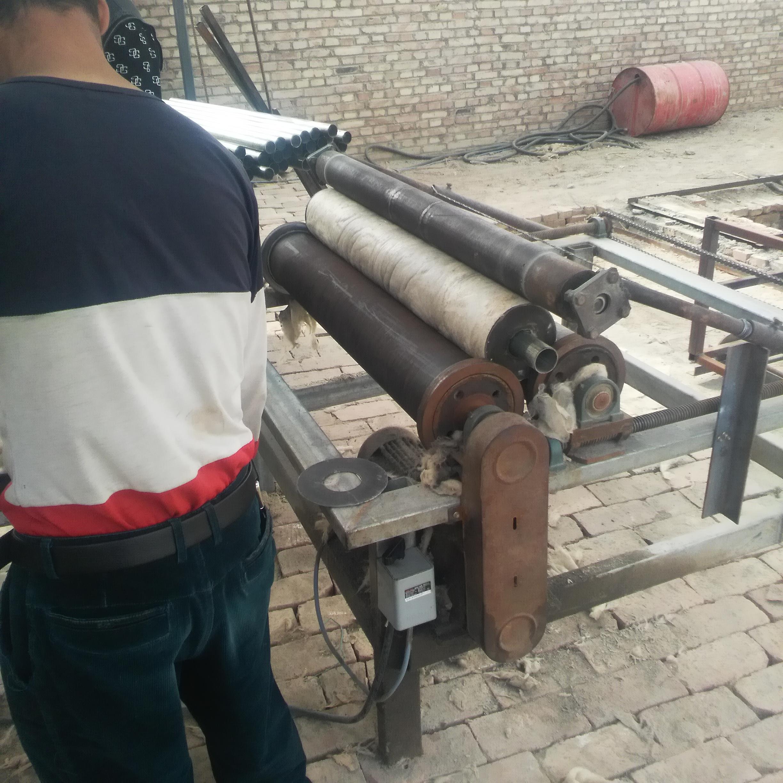 新疆岩棉管生产厂家岩棉管价格保温岩棉管