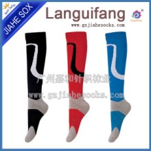 厂家定制全棉长筒足球袜 订做外贸足球袜 运动足球袜加工图片