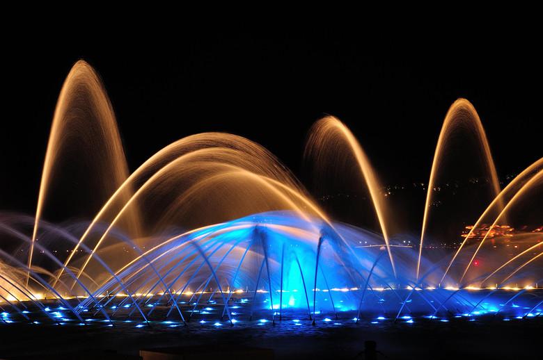 音乐喷泉造价 音乐喷泉厂家 音乐喷泉设计公司 河北喷泉设备厂 喷泉制作公司