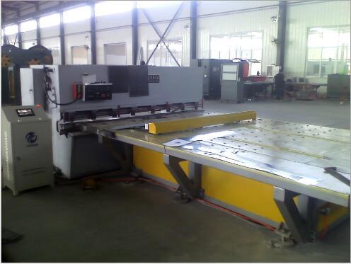 自动送料机质量保证 欢迎选购山东机械生产厂家 冲床数控送料机