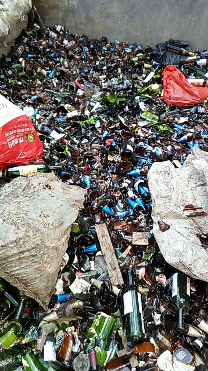 深圳瓶子玻璃回收公司 深圳回收瓶子玻璃价格 深圳大量回收瓶子玻璃