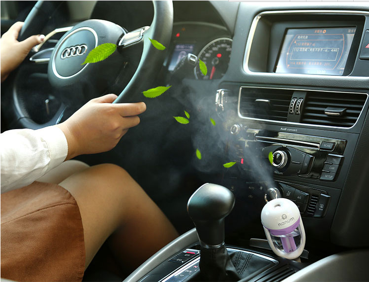 车载加湿器 迷你喷雾空气净化器 香薰加湿器 USB充电器加湿器