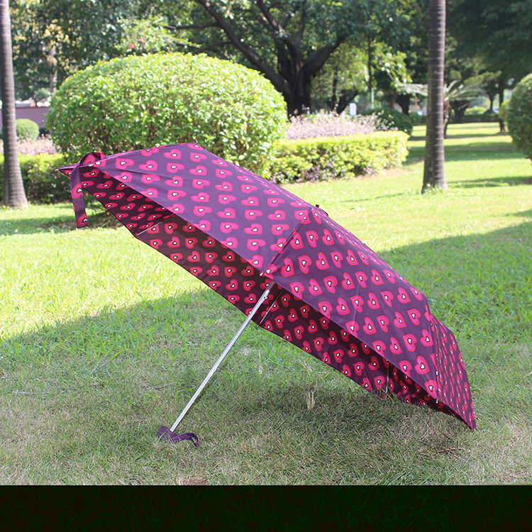 深圳心形印花三折伞定制 轻雨伞LOGO订制 广告礼品伞