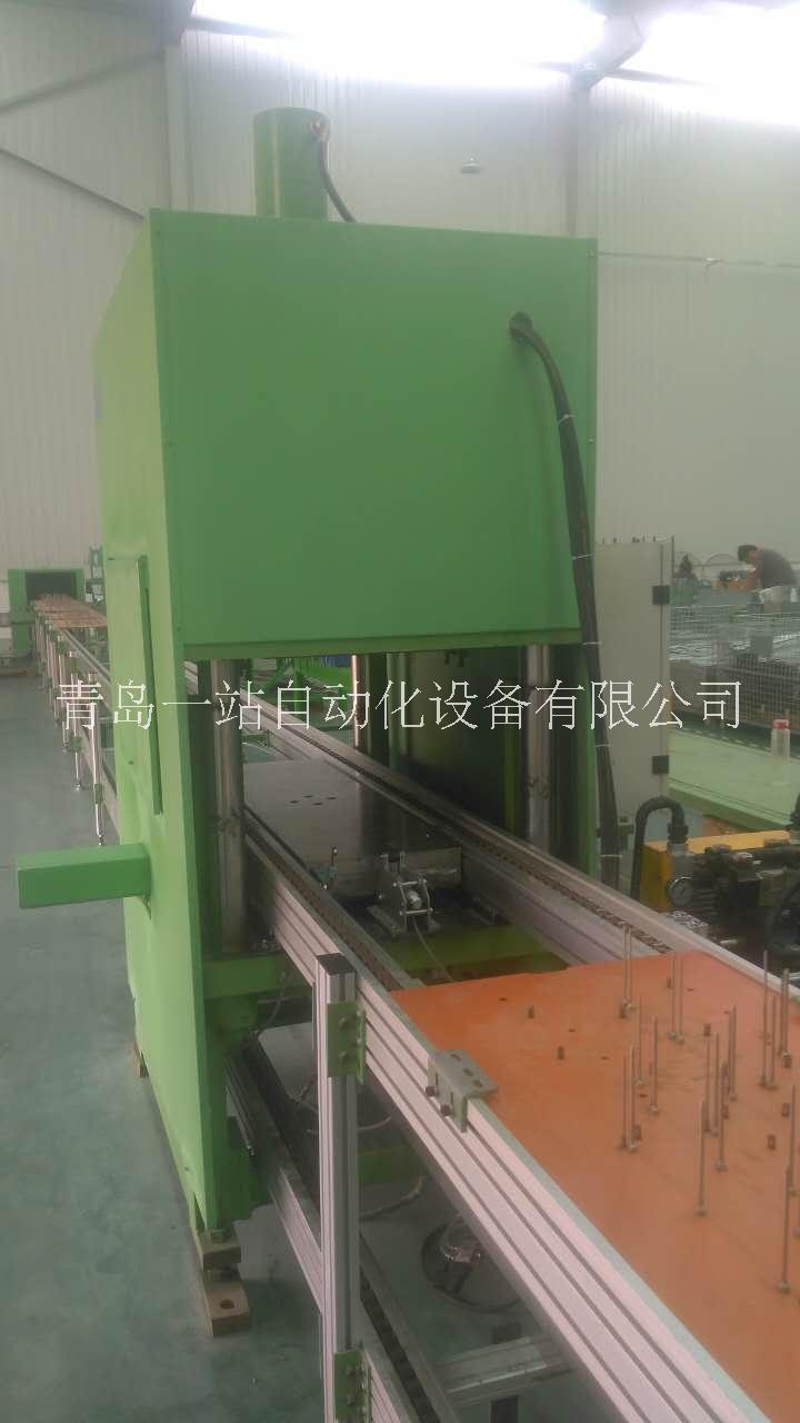 自动化液压机与倍速链生产线集成 厂家直销自动化液压机报价电话 自动上下料液压机