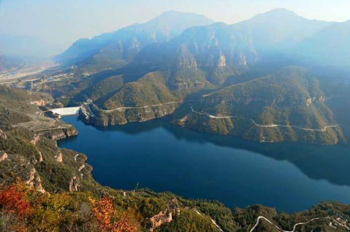 景区与王相岩,桃花谷,红旗旗渠形成系列风光带.