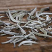 福鼎白茶散装 特级白毫银针茶叶 明前新茶 单芽大白毫批发