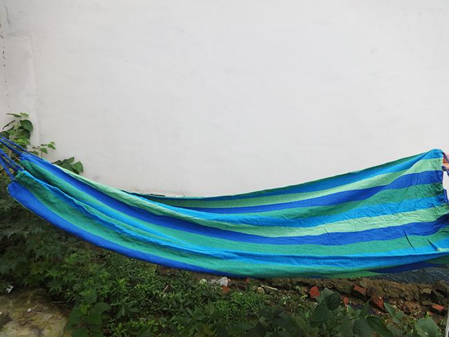 单人吊床厂家电话 降落伞双人蚊帐吊床 户外休闲吊椅 1米加厚帆布吊床