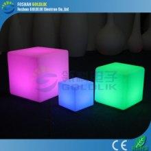 LED发光方块滚塑PE方形椅子桌子新颖时尚遥控变色方块批发