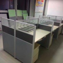 郑州员工工位桌厂家,员工卡座专业生产一对一培训桌,员工卡座,定做员工工位桌,定做屏风隔断批发