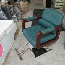 四川直销款美发椅剪发椅复古椅子批发