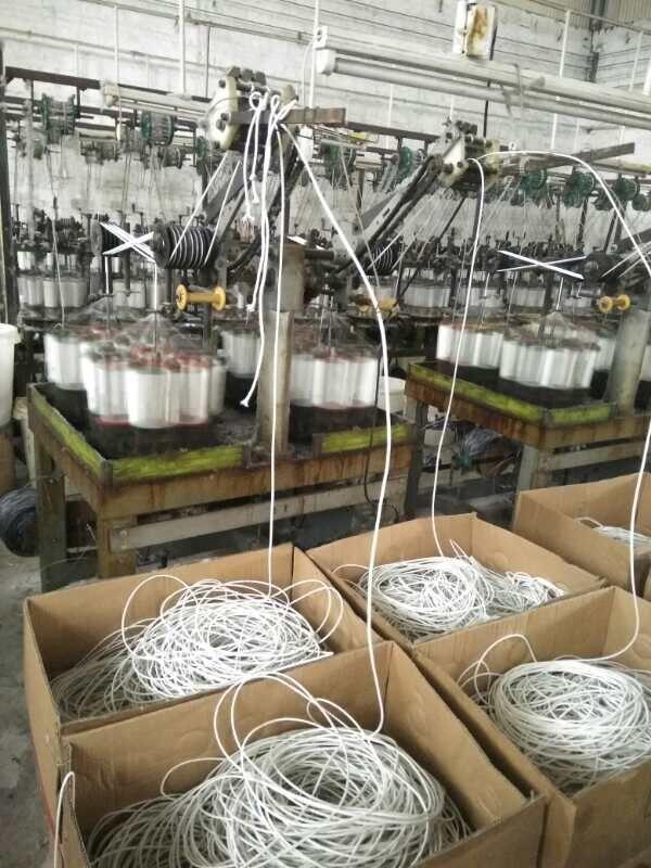 佛山棉服包边线生产厂家 大量供应优质的开线球,羽绒服,棉服包边线