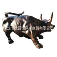 广场铜牛雕塑图片