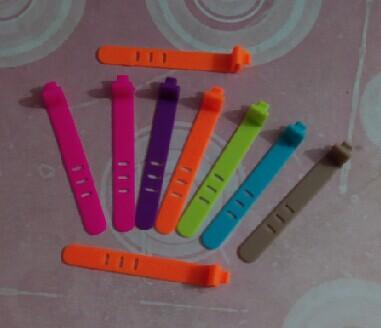 深圳数据线硅胶扎带定制,数据线硅胶绑带定制,硅胶扎带定制