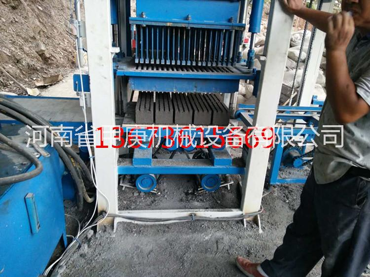 新产品甲庚13孔植草砖机 全自动草坪砖机 质保一年