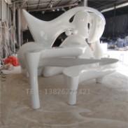 玻璃钢抽象凳雕塑图片