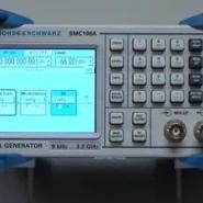 SMC100A信号发生器图片