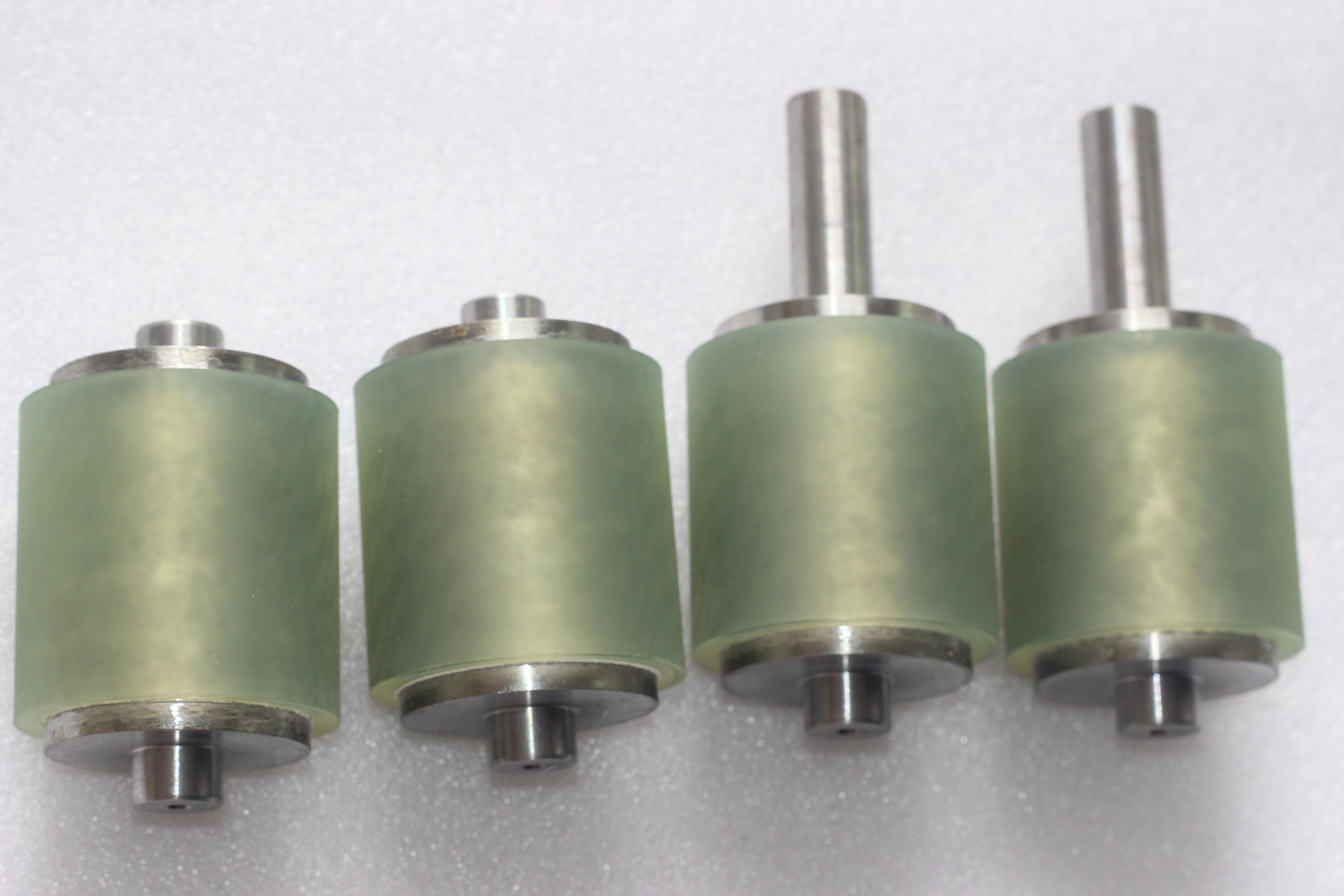 红色包胶滚筒印刷橡胶胶轮 贴合机压膜机滚筒 定做高效不锈钢包胶滚轮