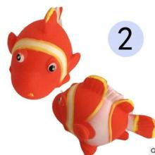 芭芘巴比搪胶公仔卡通动物 六款儿童益智戏水玩具捏捏叫游水鱼批发
