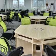 简约 现代 办公家具职员办公桌 工作位员工卡位桌椅组合 福建办公桌图片