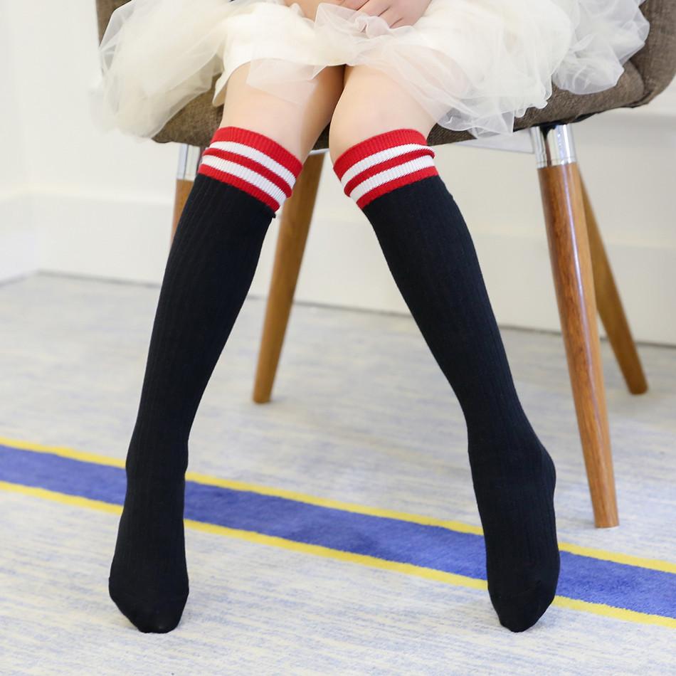 双针竖条中筒袜销售