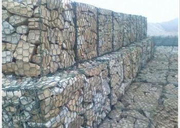 石笼网网箱图片