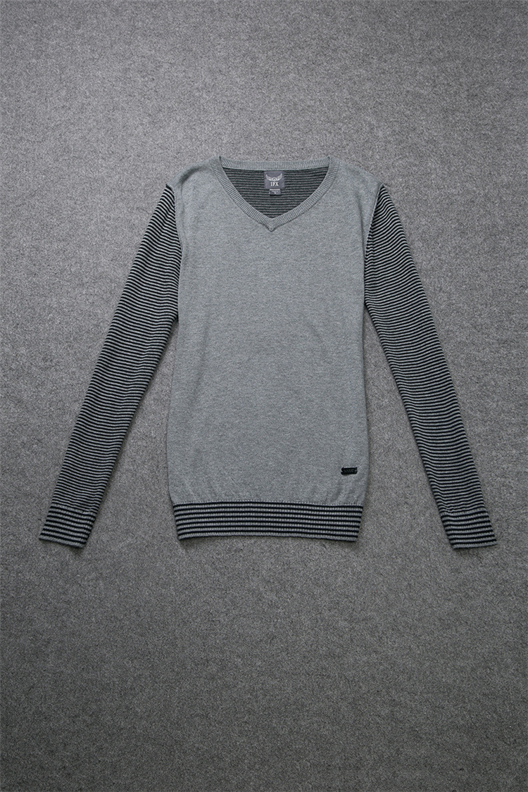 男士V领针织衫毛衣销售