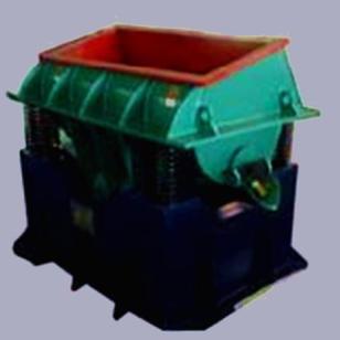 东莞槽式震光机生产商图片