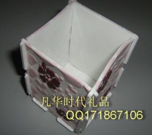 PVC软胶笔筒图片