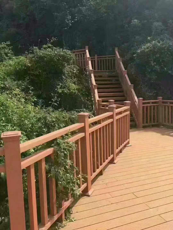 供应青岛哪家做公园木塑护栏工程