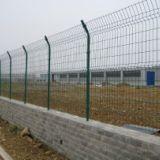 新疆铁路护栏网@ 铁路护栏网@新疆铁路护栏网现货供