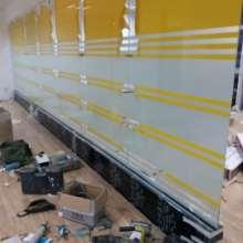 白云区移动玻璃隔断订做 白云区移动玻璃隔断订做 移动玻璃隔断 玻璃隔断图片