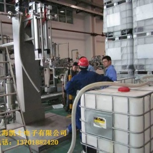 托盘200L灌装设备图片