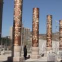 铜柱子图片