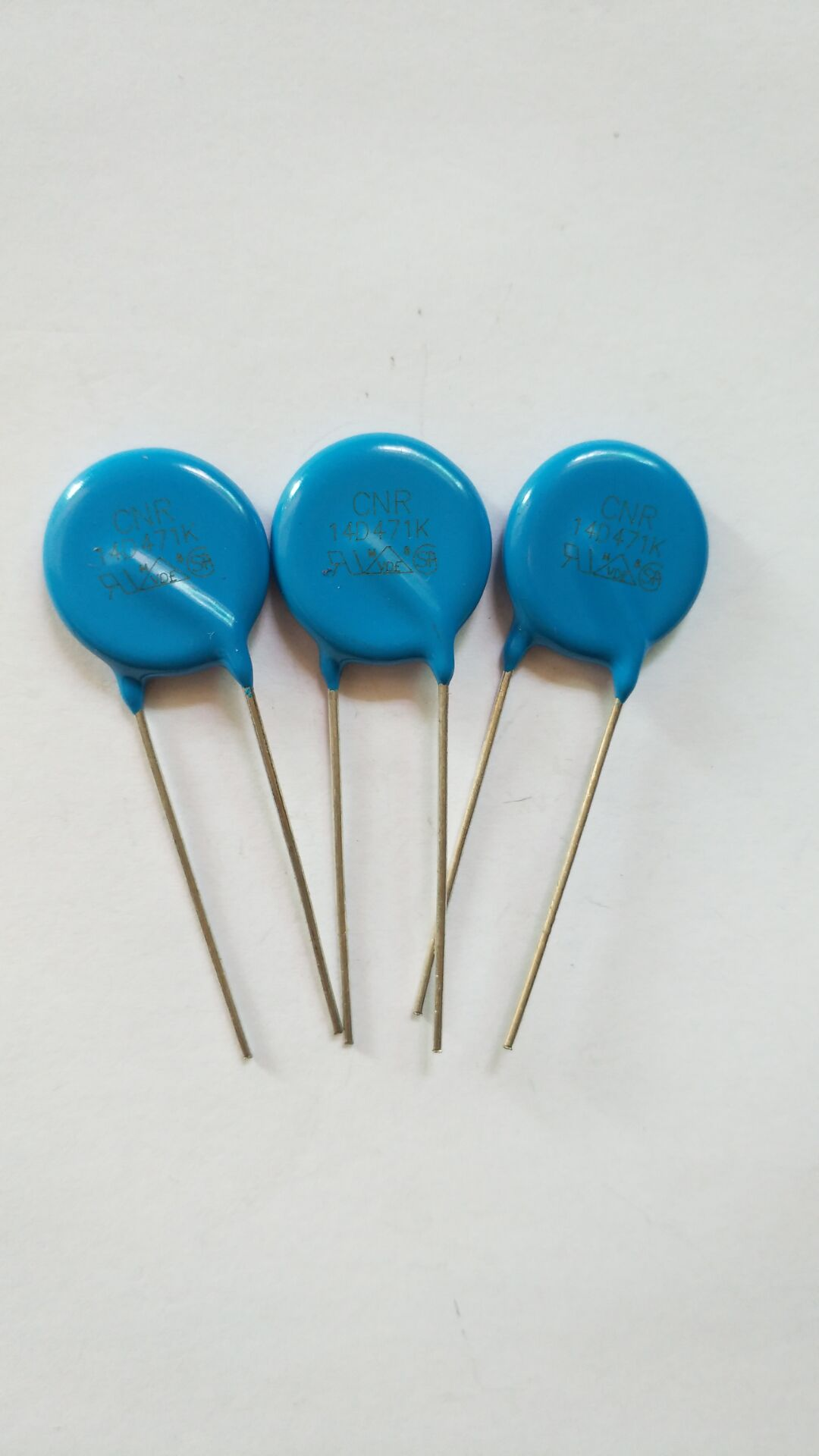 插件生产厂家插件厂家直销插件批发价格厂家直销哪家好 插件压敏电阻