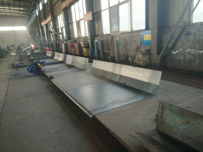 河南钢模板厂家欢迎焦作客户朋友的