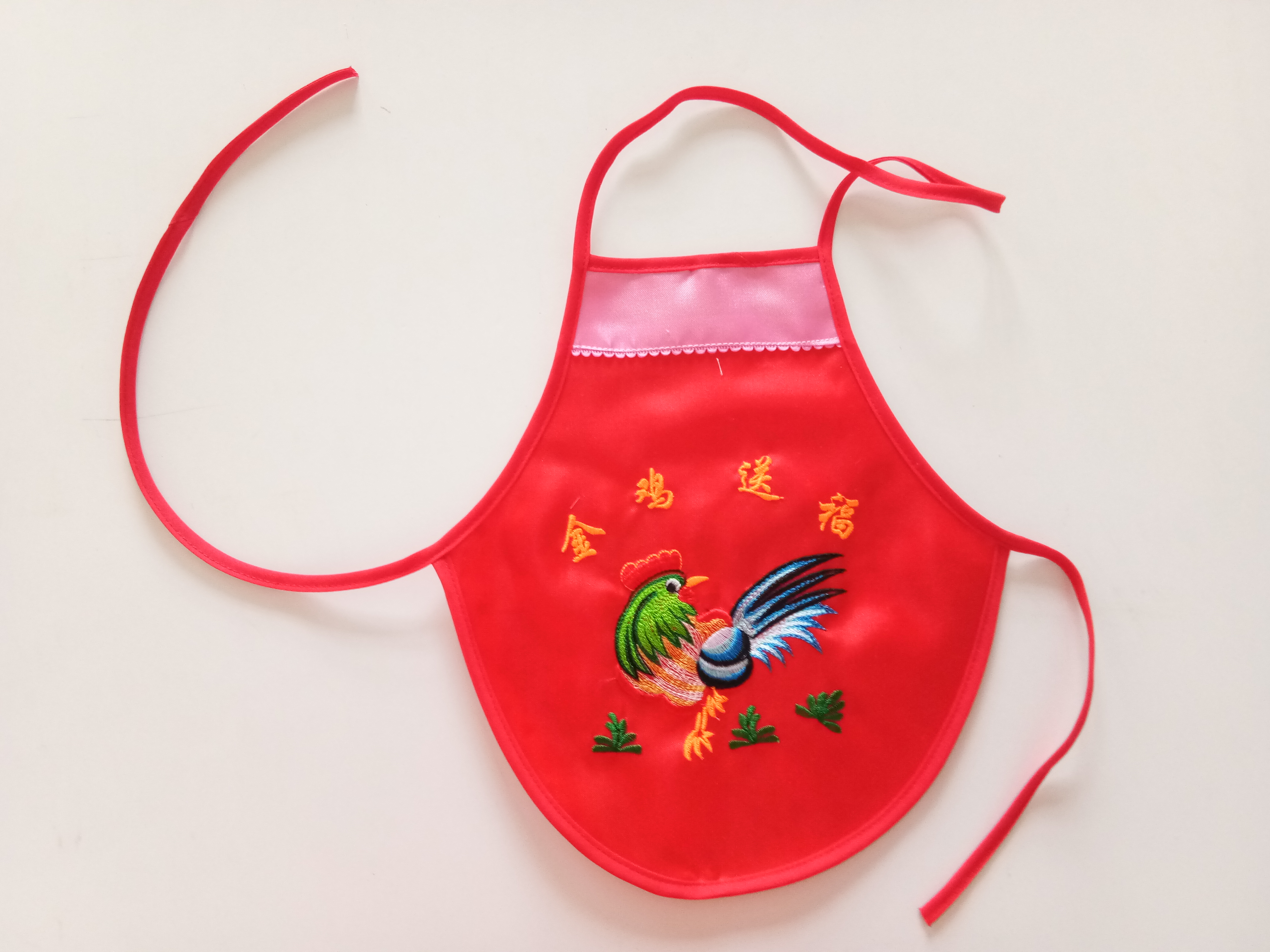 金鸡大红婴儿绣花肚兜 夏款肚兜肚围 宝宝刺绣肚围