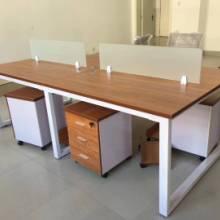 职员办公桌简约现代员工桌24人位办公桌椅组合员工钢架桌图片