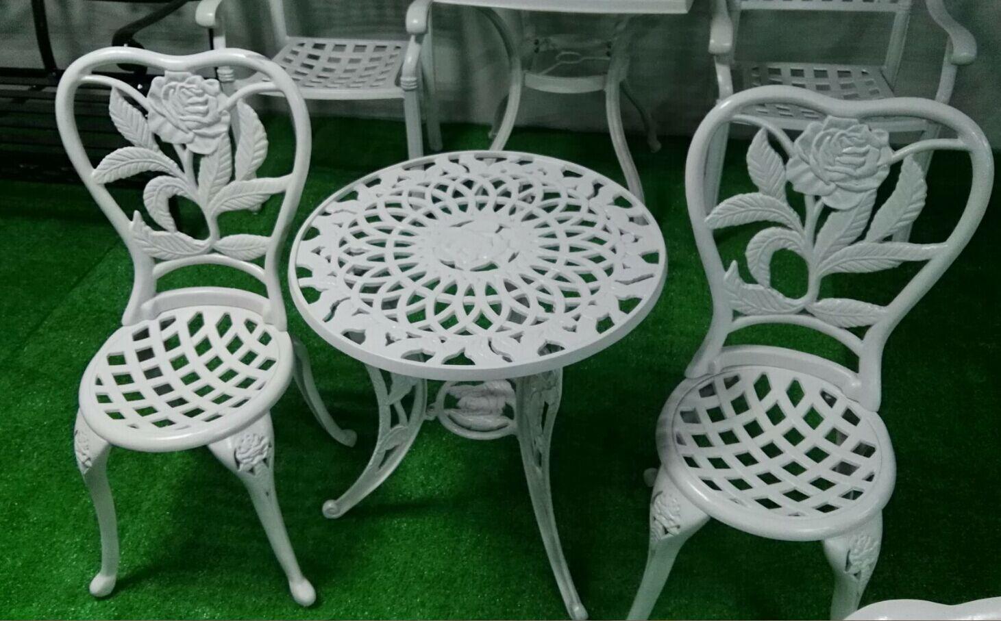 玫瑰花铸铝桌椅 户外家具生产厂家  铸铝休闲桌椅定做